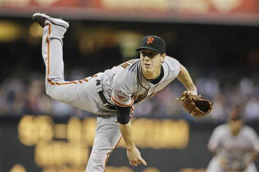 San Francisco Giants starting pitcher Tim Lincecum works against the San Diego Padres in the first inning of baseball game in San Diego, Friday, April 26, 2013. (AP photo/Lenny Ignelzi)